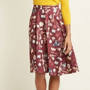 Modcloth Novelty Print Skirt Mystery Assistants